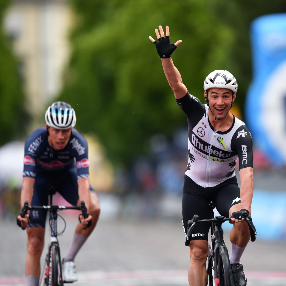 Victor Campenaerts remporte la 15e étape du Giro d'Italia